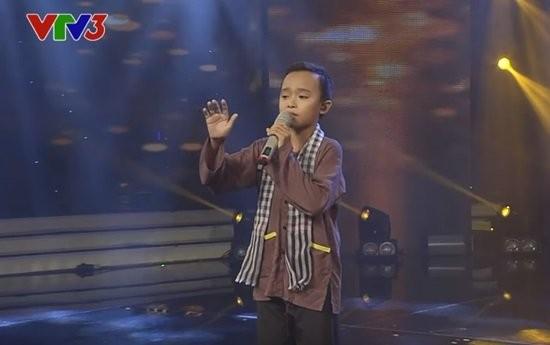 Văn Mai Hương khóc nức nở trên sóng trực tiếp của VTV - ảnh 1