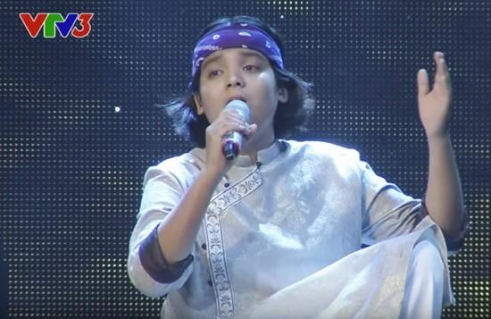Văn Mai Hương khóc nức nở trên sóng trực tiếp của VTV - ảnh 4
