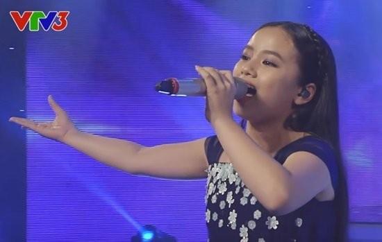 Văn Mai Hương khóc nức nở trên sóng trực tiếp của VTV - ảnh 9