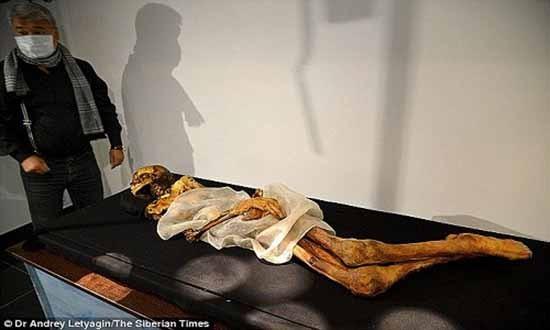 Xác ướp công chúa 2.500 năm tuổi mang hình xăm bí ẩn - ảnh 1