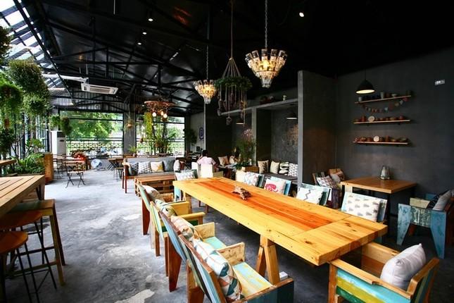 Quán cà phê ngập tràn cây xanh ở Hà Nội - ảnh 4