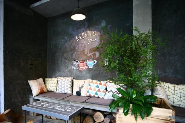 Quán cà phê ngập tràn cây xanh ở Hà Nội - ảnh 5