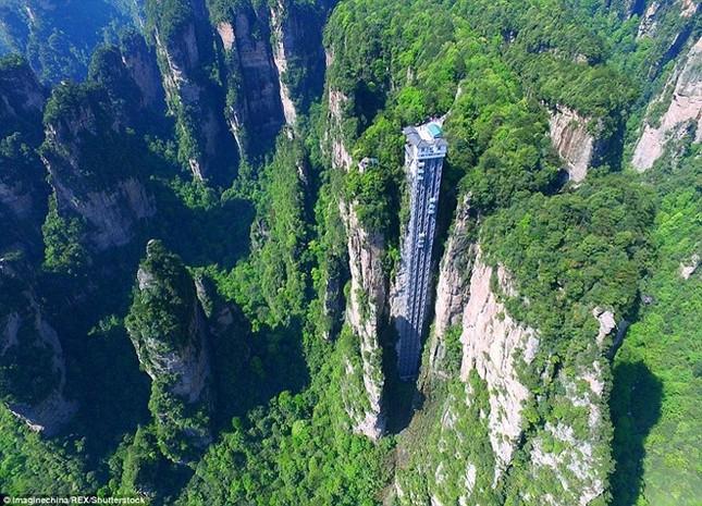 Những công trình thang máy ngoạn mục nhất thế giới - ảnh 1