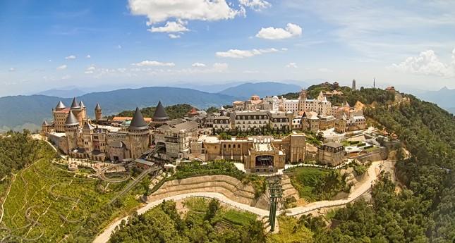 Vinh danh Bà Nà Hills là Khu du lịch hàng đầu Việt Nam - ảnh 2