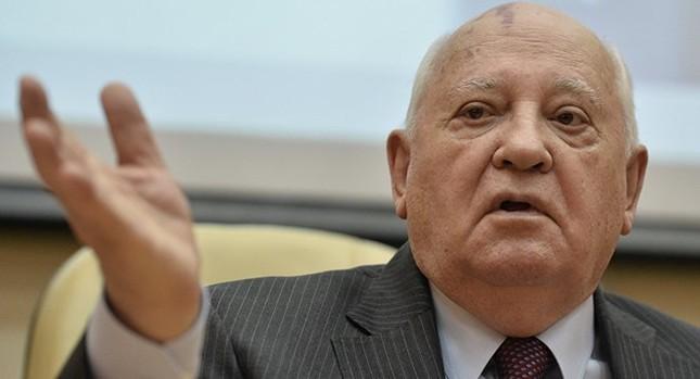Gorbachev chỉ trích NATO 'chuẩn bị chiến tranh nhắm vào Nga' - ảnh 1