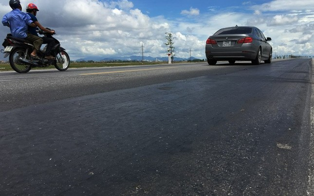 Nghệ An: Thủ phạm giấu mặt khiến hàng loạt ô tô bị lật - ảnh 4