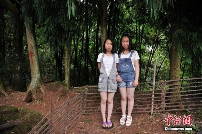 Ngỡ ngàng về ngôi làng đặc biệt có tới 39 cặp sinh đôi - ảnh 3