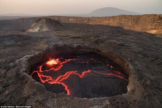Cổng Địa ngục bùng cháy suốt trăm năm ở Ethiopia - ảnh 5