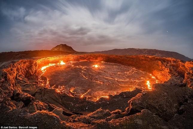 Cổng Địa ngục bùng cháy suốt trăm năm ở Ethiopia - ảnh 9