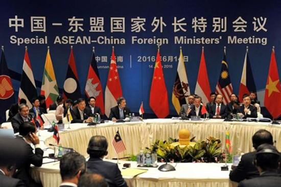 Phán quyết Biển Đông, phép thử lớn với sự đoàn kết của ASEAN - ảnh 1