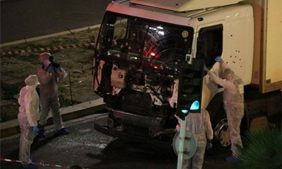 Xe tải - vũ khí thảm sát mới của những kẻ khủng bố - ảnh 3
