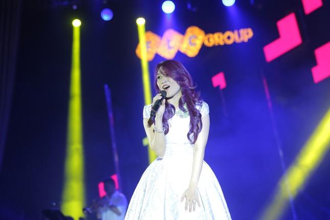 Đêm nhạc Thanh Tùng tại FLC Quy Nhơn: Khởi đầu một sức sống mới - ảnh 5