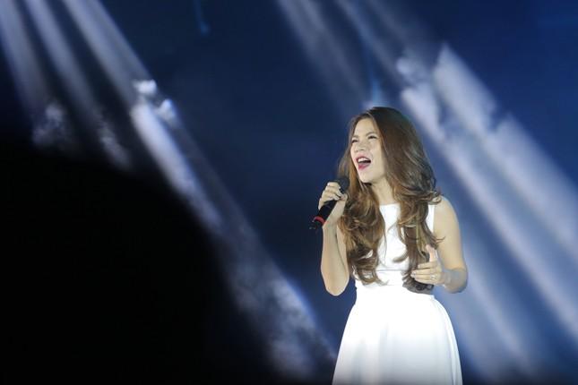 Đêm nhạc Thanh Tùng tại FLC Quy Nhơn: Khởi đầu một sức sống mới - ảnh 6