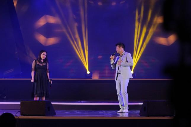 Đêm nhạc Thanh Tùng tại FLC Quy Nhơn: Khởi đầu một sức sống mới - ảnh 9