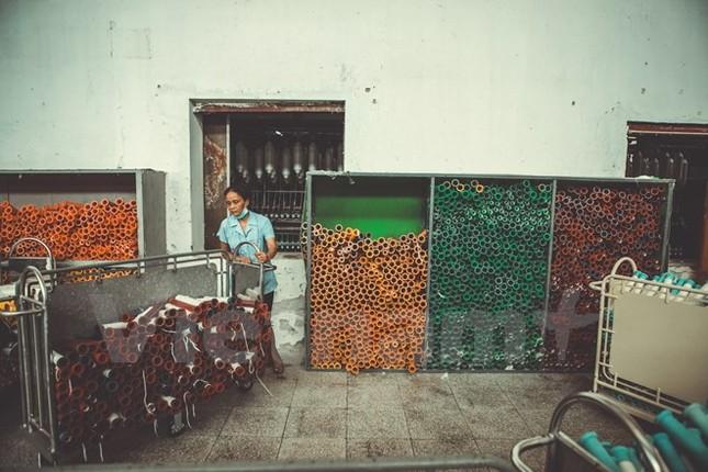 Hình ảnh lắng đọng cuối cùng về nhà máy dệt lớn nhất Đông Dương - ảnh 18
