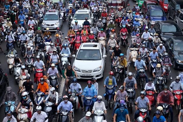 Viễn cảnh Hà Nội không xe máy: Tiền đâu? - ảnh 1