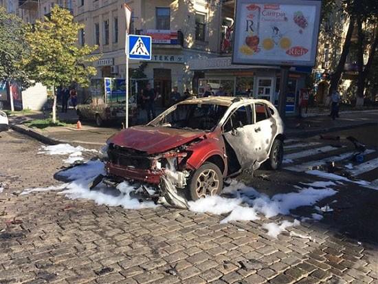 Nhà báo nổi tiếng tử nạn ở Ukraine vì bị cài bom xe - ảnh 2