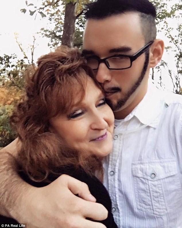 Cụ bà 71 tuổi kết hôn với chàng trai 17 sau 3 tuần hẹn hò - ảnh 2