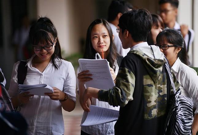 Điểm chuẩn dự kiến của các trường đại học - ảnh 1