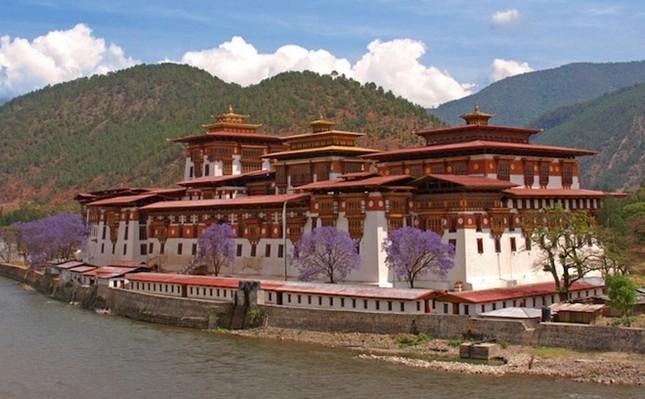 Những tu viện Phật giáo nổi tiếng nhất thế giới - ảnh 4