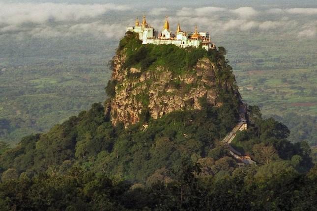 Những tu viện Phật giáo nổi tiếng nhất thế giới - ảnh 3