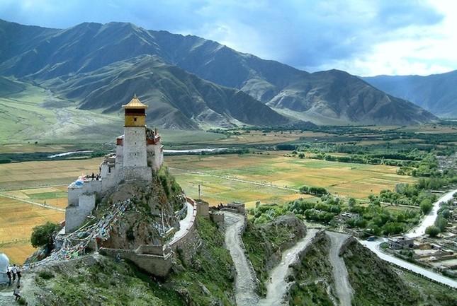 Những tu viện Phật giáo nổi tiếng nhất thế giới - ảnh 8
