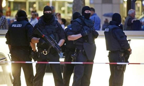 Thanh niên 16 tuổi bị bắt vì nghi có liên quan vụ xả súng Munich - ảnh 1