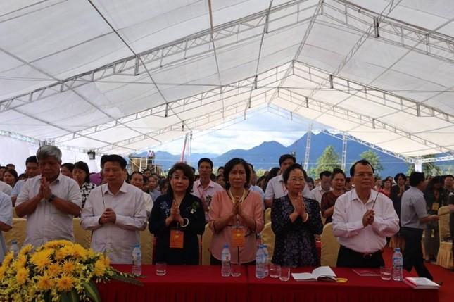 Lào Cai: Hàng nghìn người dự lễ rót đồng tượng Quan Thế Âm Bồ Tát - ảnh 3
