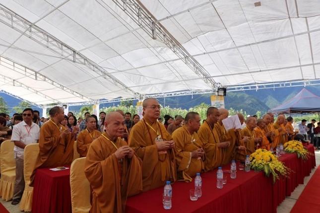 Lào Cai: Hàng nghìn người dự lễ rót đồng tượng Quan Thế Âm Bồ Tát - ảnh 4