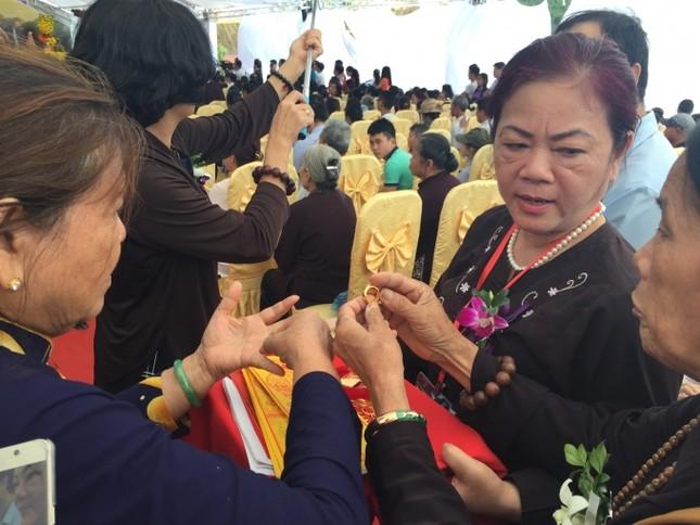 Lào Cai: Hàng nghìn người dự lễ rót đồng tượng Quan Thế Âm Bồ Tát - ảnh 7