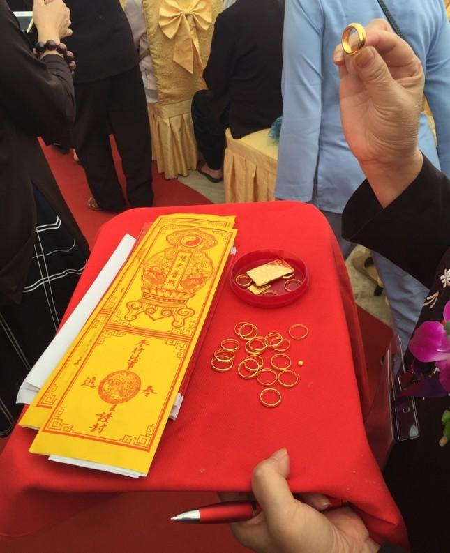 Lào Cai: Hàng nghìn người dự lễ rót đồng tượng Quan Thế Âm Bồ Tát - ảnh 8