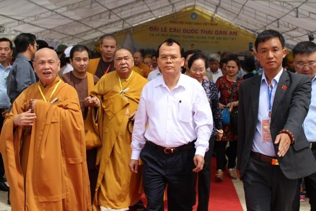 Lào Cai: Hàng nghìn người dự lễ rót đồng tượng Quan Thế Âm Bồ Tát - ảnh 9
