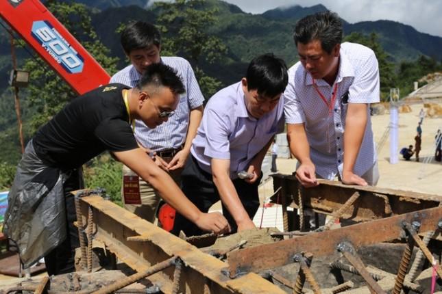 Lào Cai: Hàng nghìn người dự lễ rót đồng tượng Quan Thế Âm Bồ Tát - ảnh 13