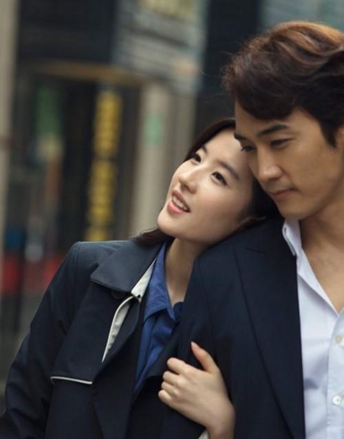 Tin Lưu Diệc Phi chia tay Song Seung Hun ngập tràn truyền thông  - ảnh 1