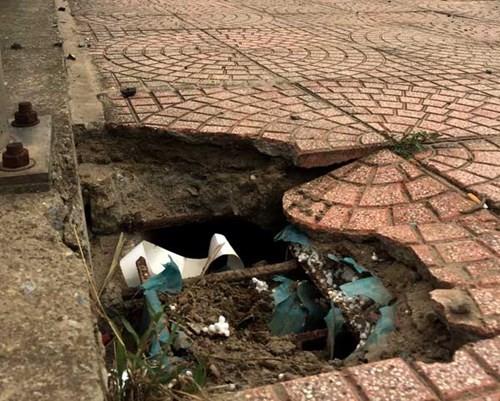 Bê tông lót xốp ở cầu vượt đường sắt Hà Nội - ảnh 2