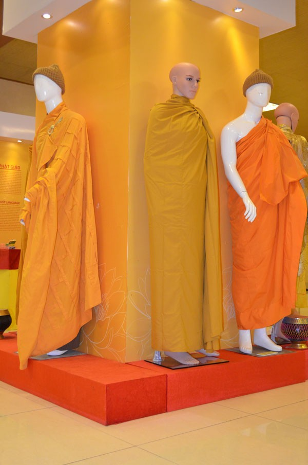 Chiêm bái tượng Phật ngọc Hòa bình Thế giới tại chùa Yên Phú - ảnh 4