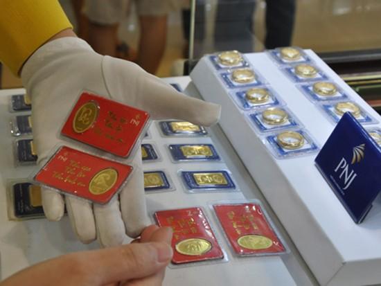 Vàng SJC lần đầu cán mốc 37 triệu đồng sau hơn 2 năm - ảnh 1