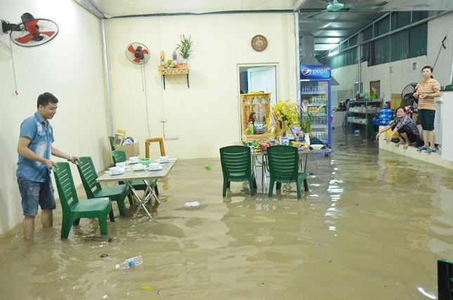 Mưa dữ dội ở Quảng Ninh, 1 người chết, 1 bị thương - ảnh 2