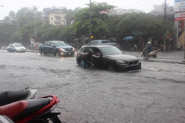 Mưa dữ dội ở Quảng Ninh, 1 người chết, 1 bị thương - ảnh 4