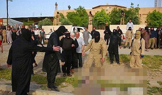 IS dìm chết chiến binh đào tẩu trong vạc nước sôi - ảnh 1