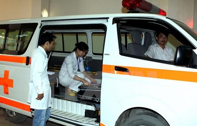 Đề nghị điều tra nghi vấn ép dùng xe cứu thương 'dù' - ảnh 1