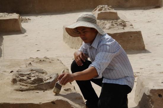 Hàng chục mộ cổ 3.000 tuổi được tìm thấy ở Bình Thuận - ảnh 2