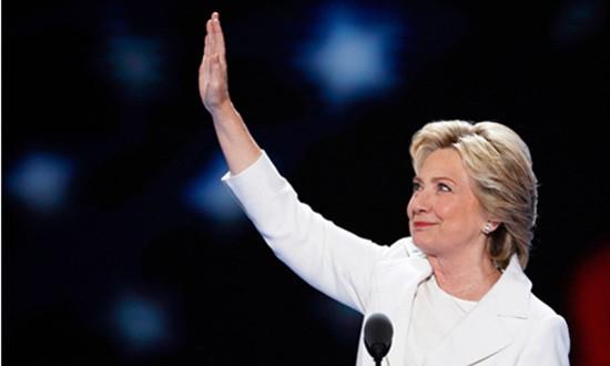 Hillary Clinton dẫn trước đối thủ sau đại hội đảng - ảnh 1