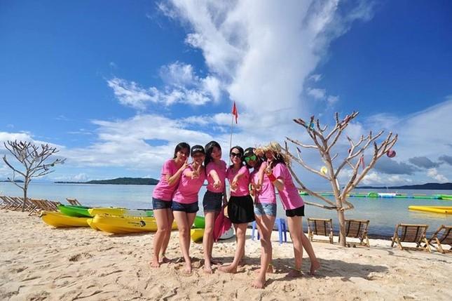Những hòn đảo đẹp để bạn khám phá dịp nghỉ lễ 2/9 - ảnh 1