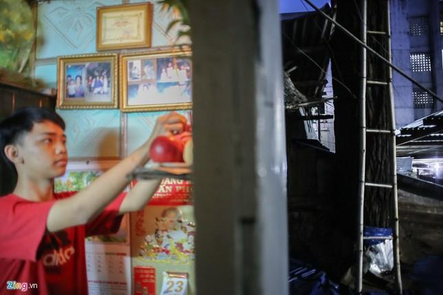 [ẢNH] Nhiều cây trăm tuổi ở Sài Gòn bị... nhốt vào nhà - ảnh 11