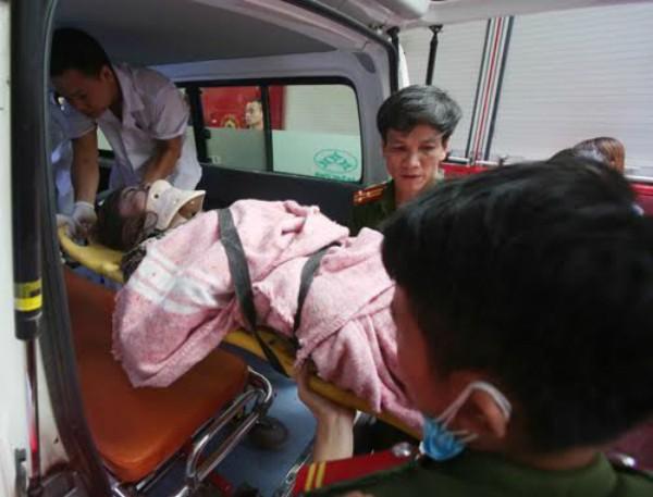 Sập nhà 4 tầng gần phố cổ Hà Nội, 4 người bị vùi lấp - ảnh 9