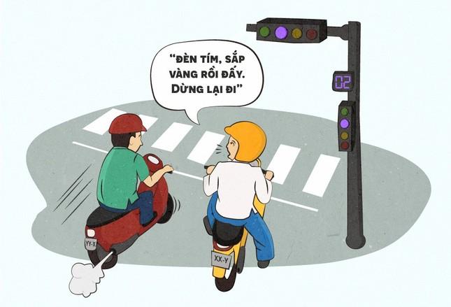 Hí họa về quy định phạt lỗi vượt đèn vàng như đèn đỏ - ảnh 1