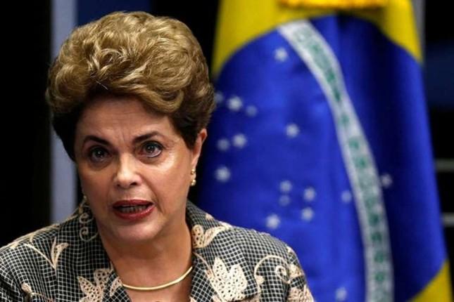 Nữ tổng thống Brazil chính thức bị phế truất - ảnh 1