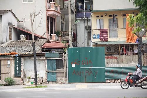 Hà Nội: Bức tường 1,7 m2 giá 1 tỷ đồng - anh 2