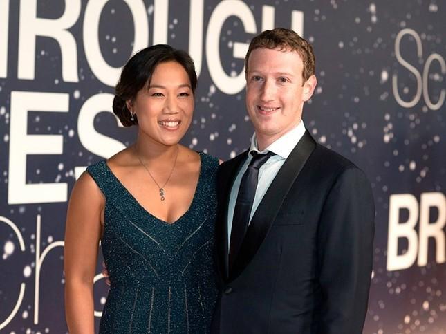 10 cặp vợ chồng giàu có nhất thế giới - anh 9